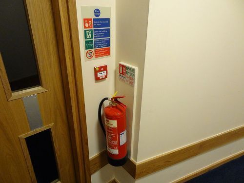Fire extinguisher Pic